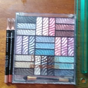 New never used pearl eye shadow and 2 eye liners
